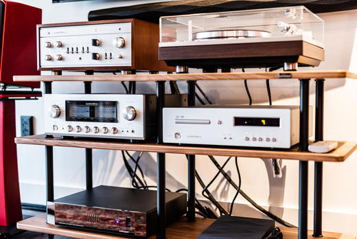 Luxman LX-380 Vacuum Tube Integrated Amplifier  Luxman L-507u Mark II Integrated Amplifier  Luxman PD-171A Turntable  Luxman D-03X CD Player  Audioquest Niagra 3000 Power Conditioner  Bowers & Wilkins Formation Audio  Rack:  MoFi Solid Steel