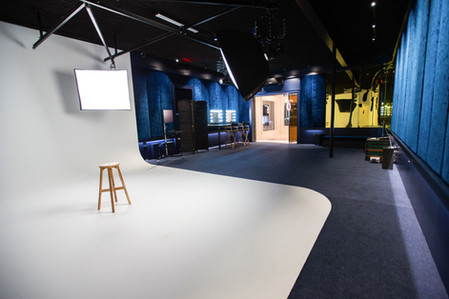 FotoHouse Studio with Cyclorama Wall