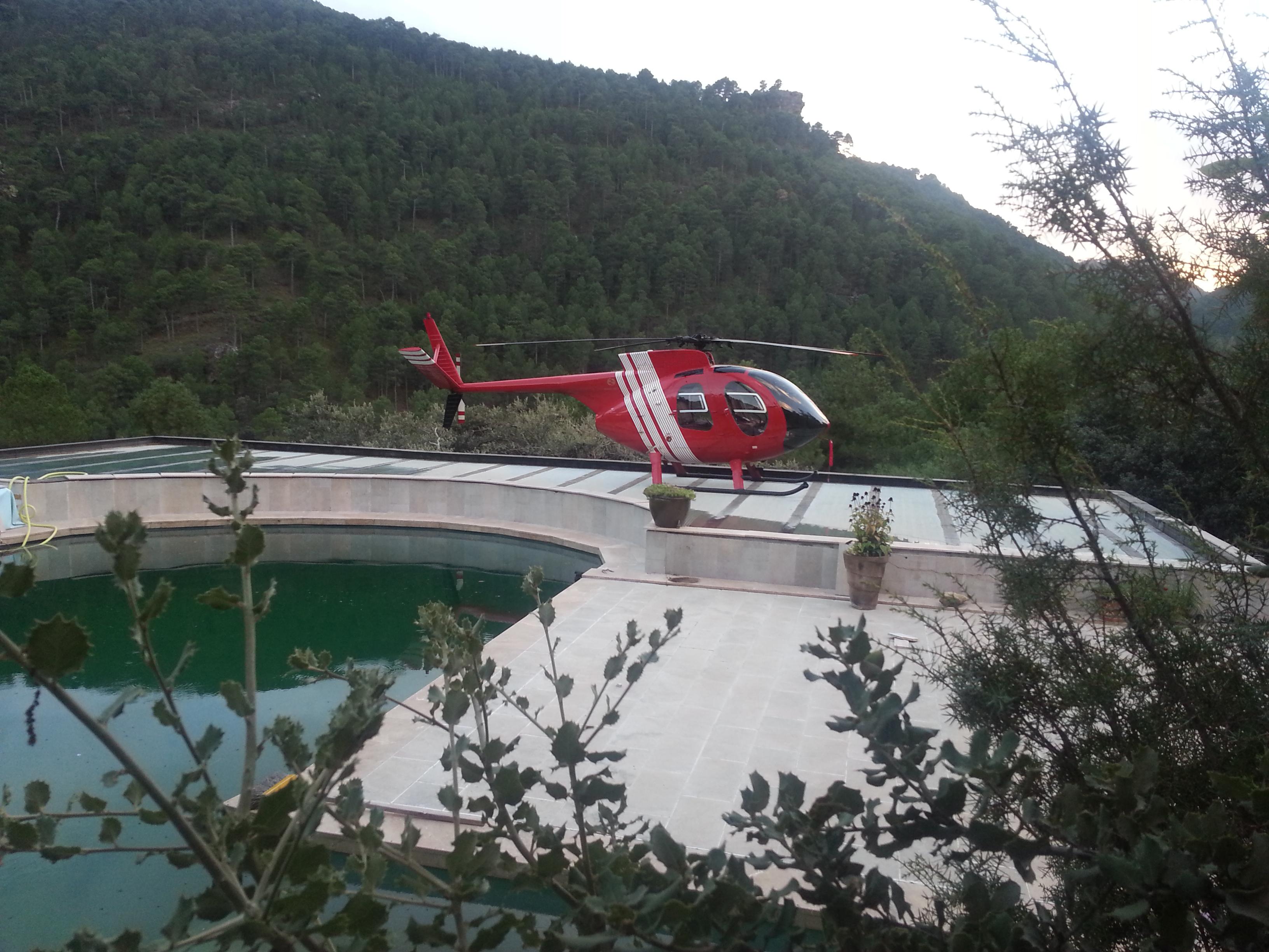 H500 landing on platform