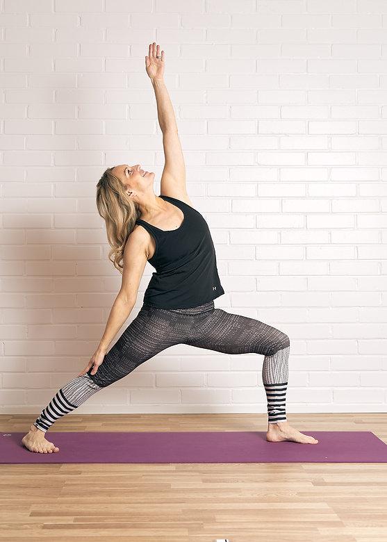 om-yoga-sessio-22671_50668207252_o.jpg