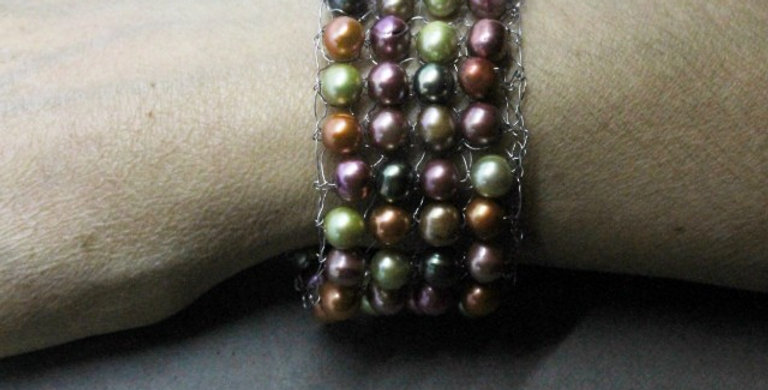Hand Knitted Stainless Steel Bracelet with Multi-Colored Pearls