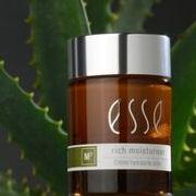 Läs gärna mer om Esses produkter på deras hemsida. Du kommer in till min salong för att prova ut och få råd innan köp.