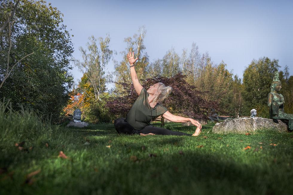 Yoga_Högupplöst-8.jpg