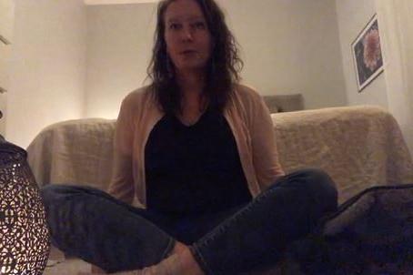Ny kurs online för mammor - gravida och efter graviditet med smärta, stress och oro.