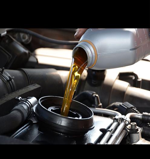 Engine Oil Design.jpg