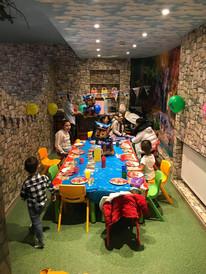 dinner-party (1).jpg