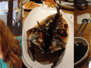 Dead fish = food