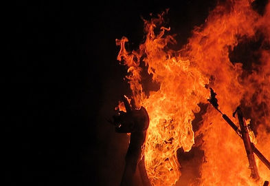 Viking-ship-fire-mobile.jpg
