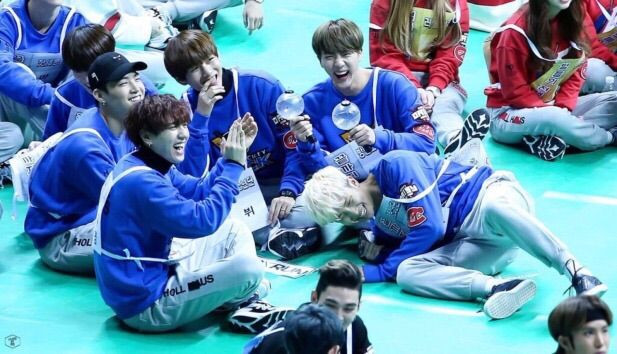 gif Idol Star Athletic Championships BTS Bangtan sports