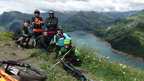 Dutch clients on the Roche Parstire ridgeline