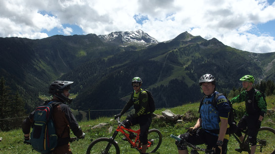 Nice view on the ski resort of Arêches just before riding a very fast singletrack