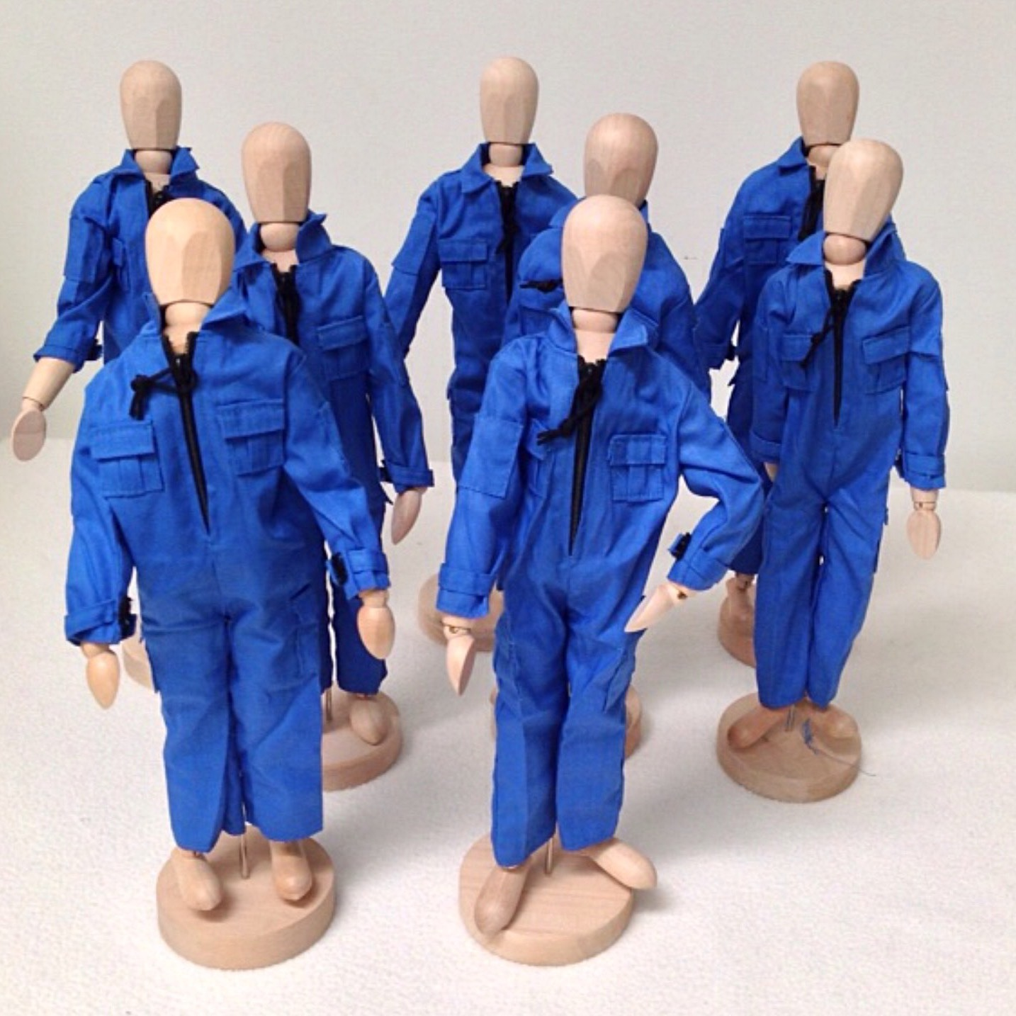 LITTLE PEOPLE GROUP W/BLUE JUMPSUITS