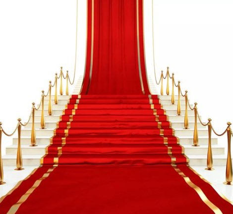 RED CARPET 5' X 7'