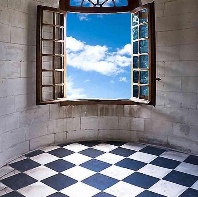 OPEN WINDOW 5' X 7'