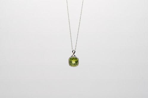 Peridot & Diamond Pendant 0.06cts