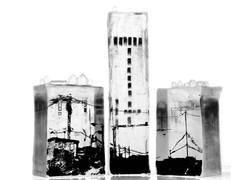 Bordures, ensemble de 3 blocs, pâte de verre et sérigraphie, 2013