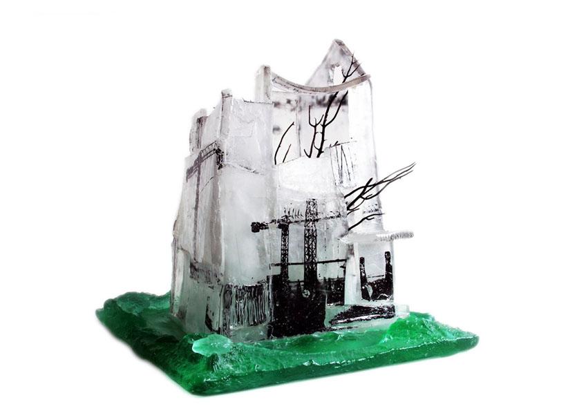 Détail, Par dessus les nuages, pâte de verre, sérigraphie, 2012
