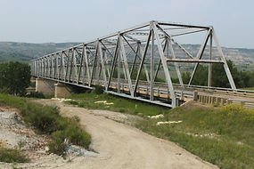 Long X Bridge