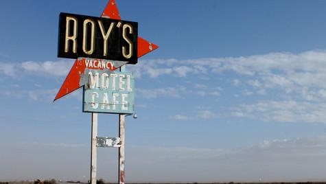 Roys, Route 66- CA