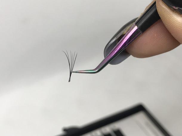 1 saniyede volume kirpik demeti oluşturmak mümkün mü ?