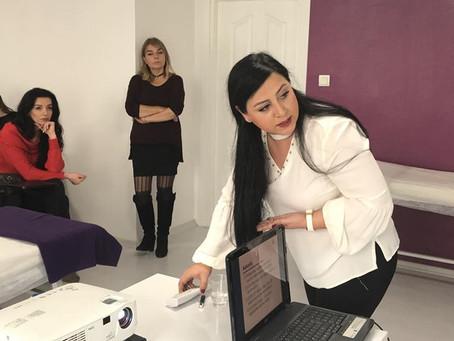 Uz.Estetisyen Hümeyra Yasmin İpek Kirpik Workshopları ile fark yaratıyor