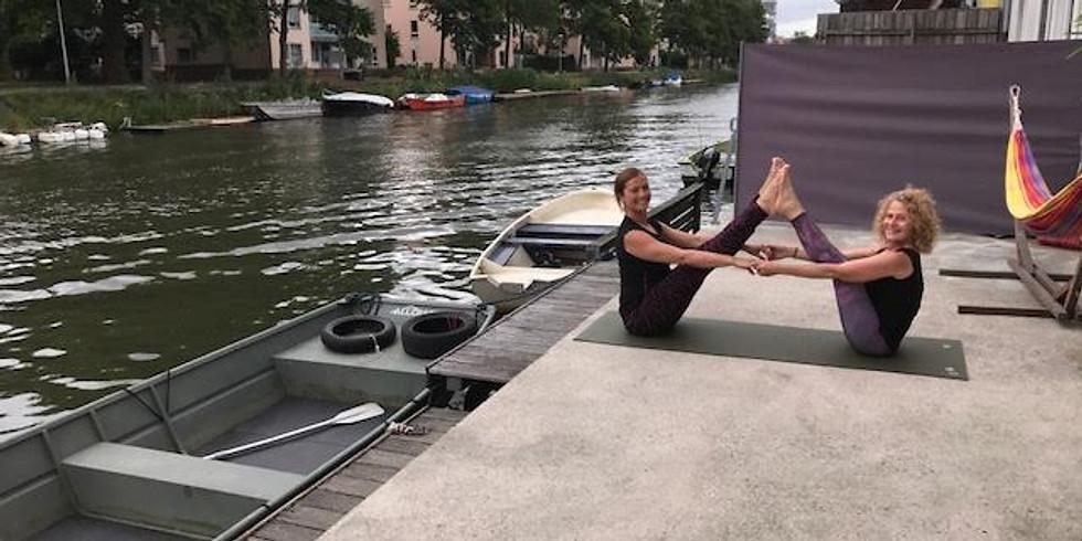 Urban yoga retreat door Channah van Dootingh en Suzanne Reynaert