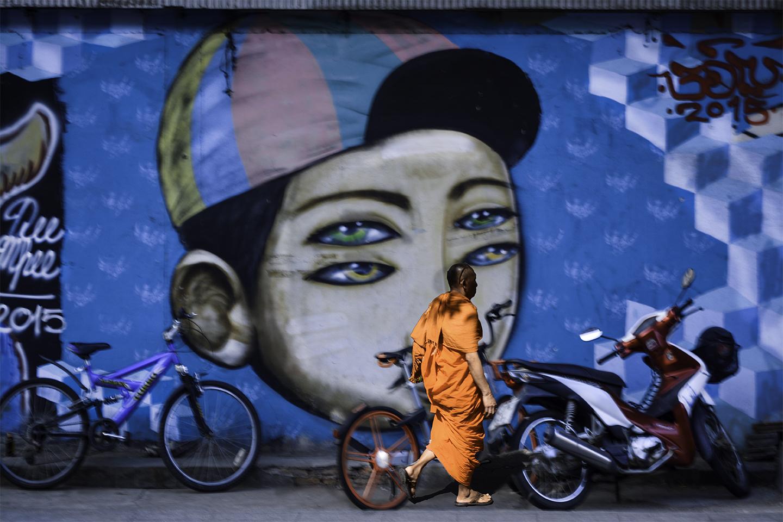 Monk graffiti by Bransha Gautier