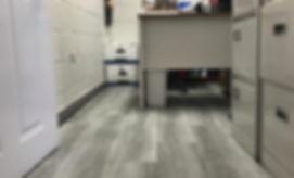 Stonewood Select vinyl floor in office space