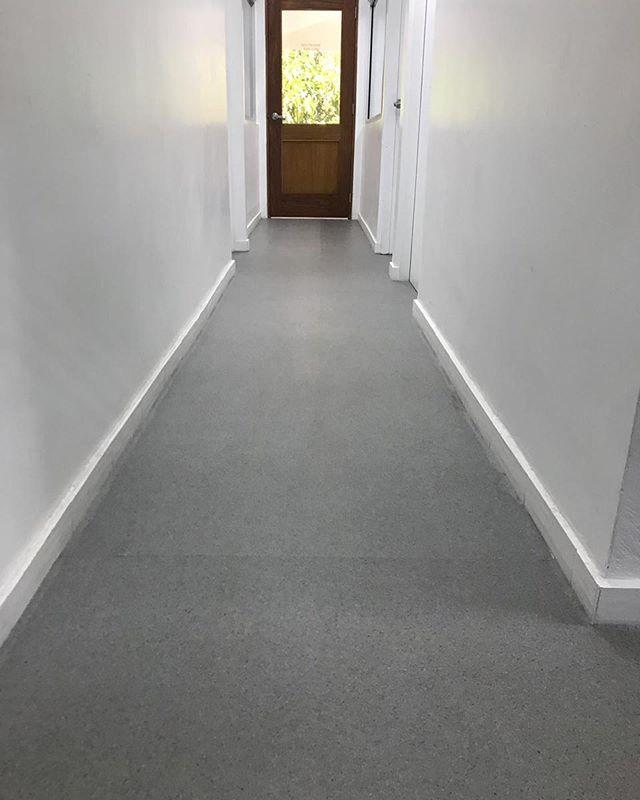 Instalación piso Vinil de rollo, en ofic
