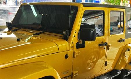 Laminado de seguridad para autos 3M Scotchshield en Jeel Wrangler