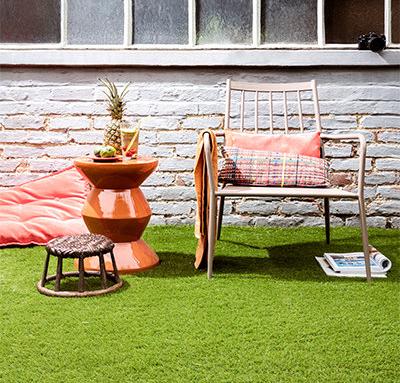 Cesped artificial Oryzon en patio