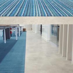 Instalación de piso de vinil y alfombra Interface