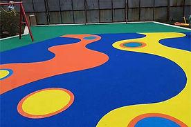 Piso de caucho exterior Rubberflex XTR en parque infantil
