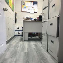 Beautiful Mohawk Harbor Grey vinyl floor