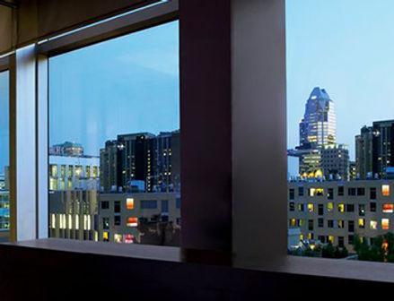 Laminado 3M Night Vision en ambiente corporativo