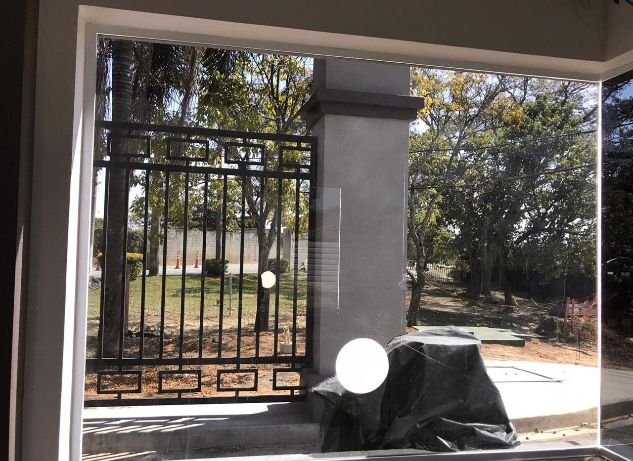 Laminado reflectivo Performa Ecovision en ventana