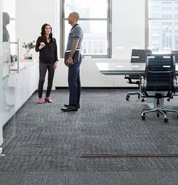 Alfombra modular en oficina