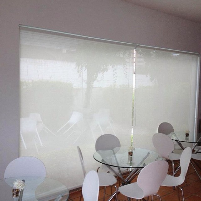Cortinas enrollable en screen