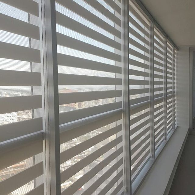 Instalación cortinas Neolux Zebras
