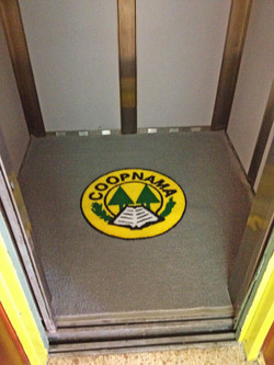 Alfombra para ascensor Supermat 500 con logo