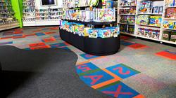Alfombra Interface en espacio de retail