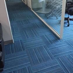 Alfombra Interface en oficina