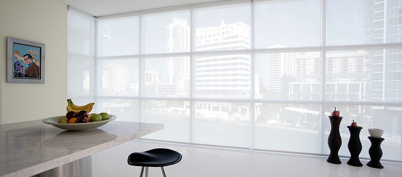 Cortina enrollable en solar screen en apartamento