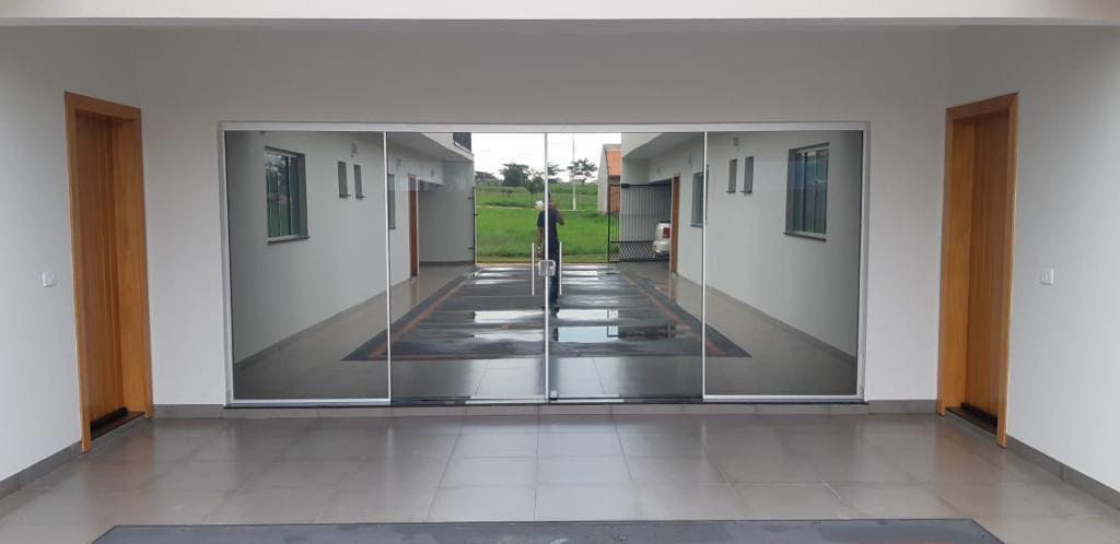 Laminado reflectivo Performa Ecovision en cristales de oficina
