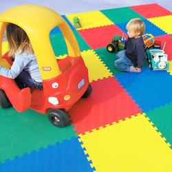 Piso de playground interior para niños