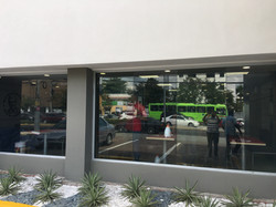 Laminado Edge Ultraview en KFC Núñez de Cáceres, Santo Domingo