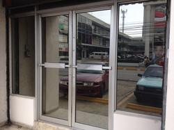 Laminado reflectivo oficinas Lope de Vega, Santo Domingo
