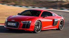 2017-Audi-R8-V10-Plus-front-three-quarte
