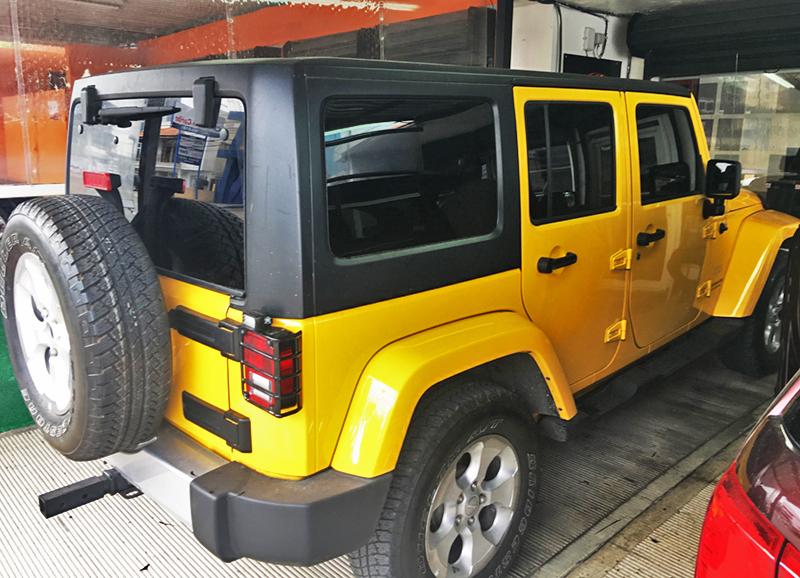 Laminado de seguridad 3M Scotchshield en Jeep Wrangler