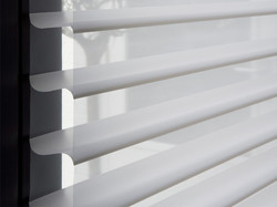 Cortina triple shade by Vertilux